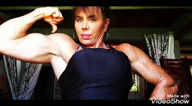 Workingout my shoulders and posing upper body